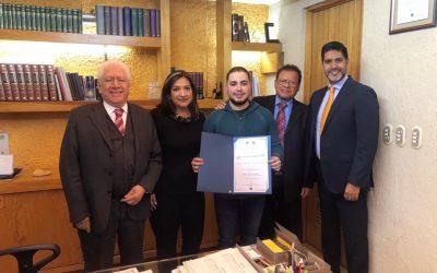 Ex alumno Miguel Arias orgullo CLAM